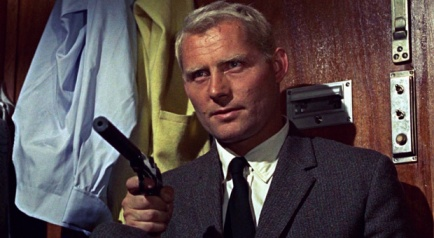 Robert Shaw as Red Grant