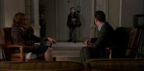 The-Sixth-Sense-haley-joel-osment-845643_640_352