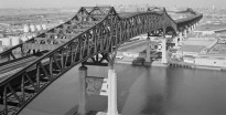 Pulaski_Skyway_full_view
